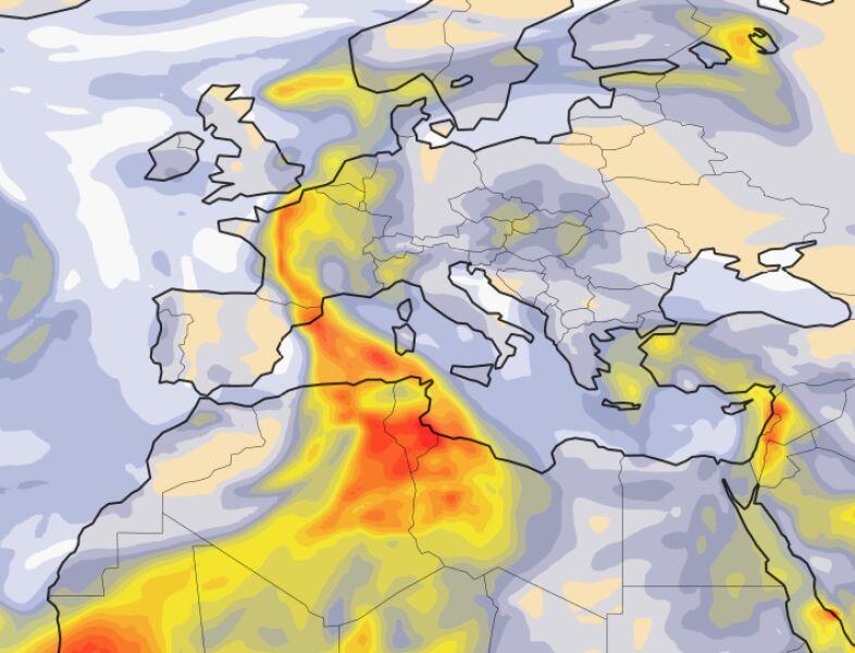 Droga, jaką pokonał pył znad Sahary (Copernicus Sentinel Atmosphere Monitoring Service)